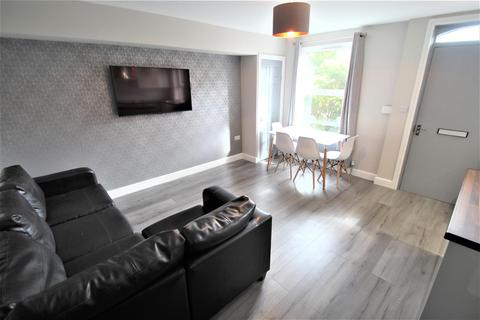 3 bedroom terraced house to rent - Granby Terrace, Headingley, Leeds, LS6 3BB