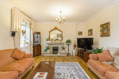 2 bedroom flat for sale - Bath Road, Brislington