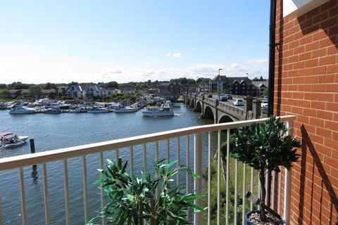 2 bedroom apartment for sale - The Boat House 100 Riverdene Place, Bitterne Park, Southampton