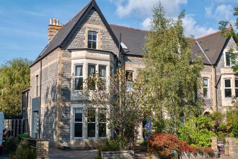 5 bedroom semi-detached house for sale - Victoria Road, Penarth