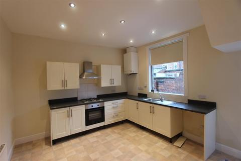 2 bedroom terraced house to rent - Mildred Street, Darlington