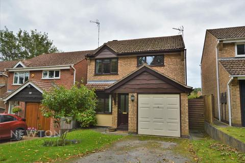 3 bedroom detached house to rent - Bullfinch Close, Oakham