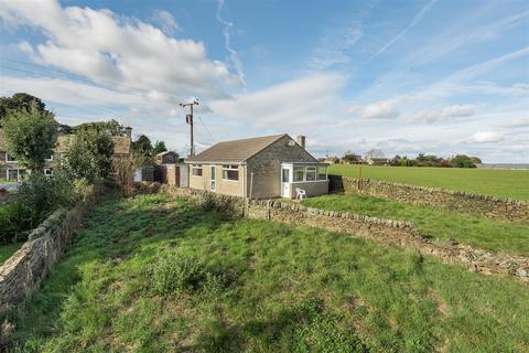 2 bedroom detached bungalow for sale - Gravels Farm, Penistone, Sheffield, S39 9AW
