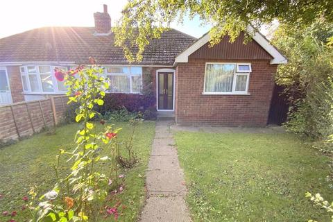 3 bedroom bungalow for sale - Enfield Avenue, New Waltham, North East Lincolnshire