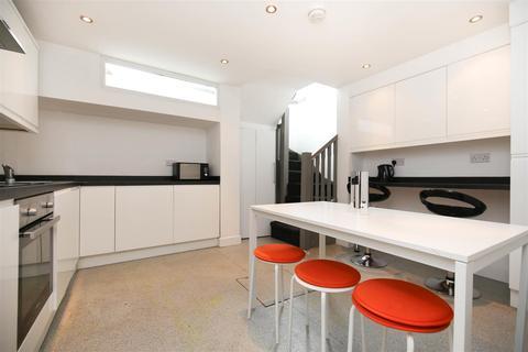 4 bedroom apartment to rent - (£100pppw) Simpson Terrace, Shieldfield, NE2