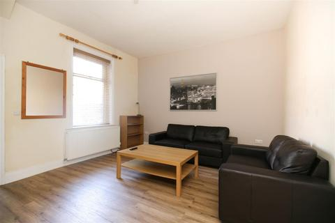 4 bedroom terraced house to rent - Brandon Grove, Sandyford, NE2, (£89 PPPW)