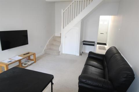 3 bedroom terraced house to rent - Kingston Road, Coventry