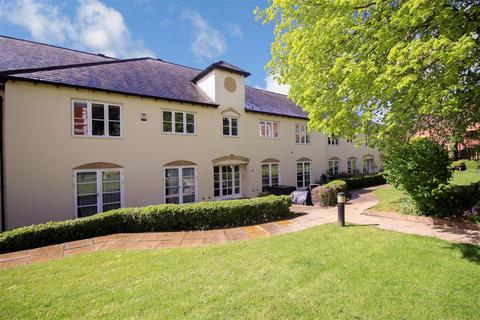 2 bedroom apartment for sale - Lucas Court, Leamington Spa