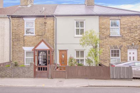 2 bedroom house for sale - Ongar Road, Brentwood