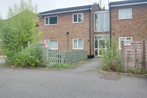 2 bedroom flat to rent - Marsworth Road, Pitstone