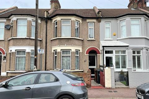 3 bedroom terraced house for sale - Sunningdale Avenue