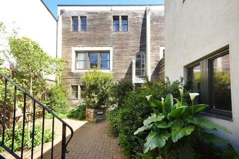 1 bedroom apartment for sale - Richmond Road, Kingston upon Thames