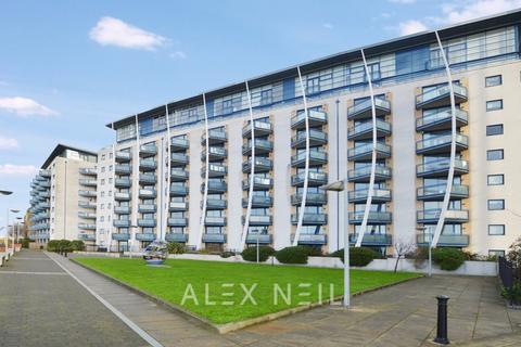 2 bedroom flat to rent - Nova Building, Isle of Dogs E14