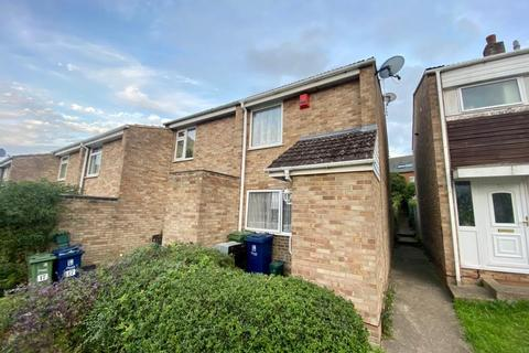2 bedroom semi-detached house to rent - Turner Close,  Oxford,  OX4