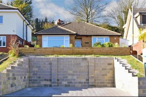 2 bedroom bungalow to rent - Princes Avenue, Chatham, ME5 8AY