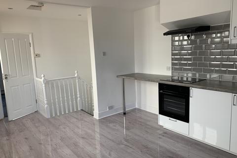 1 bedroom flat to rent - NORTHWOOD, HA6