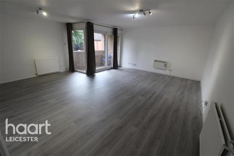 2 bedroom flat to rent - Victoria Park Road