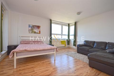 3 bedroom apartment for sale - Farrell House, Ronald Street, E1