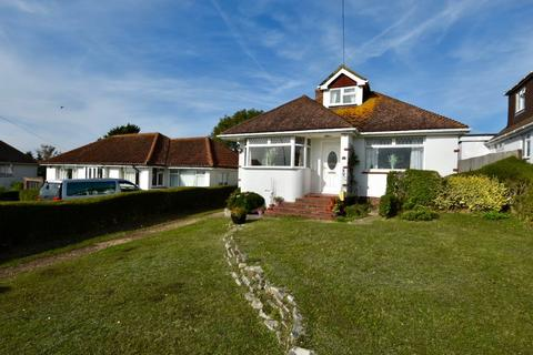 3 bedroom detached house for sale - Crescent Drive South, Woodingdean, Brighton BN2