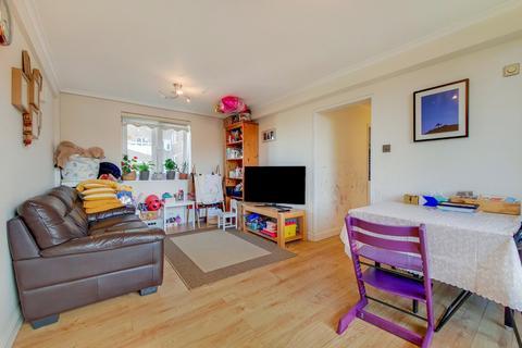 2 bedroom flat for sale - Amhurst Park, London, N16