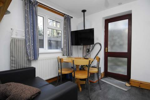 2 bedroom barn conversion to rent - Napier Terrace, Plymouth
