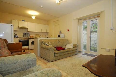 5 bedroom barn conversion to rent - Napier Terrace, Plymouth