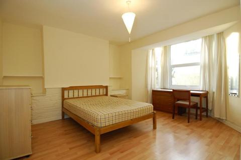 1 bedroom apartment to rent - Napier Terrace, Plymouth