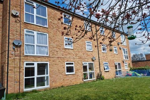 1 bedroom ground floor flat to rent - Claycroft, Welwyn Garden City, AL7