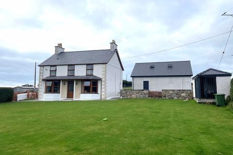 4 bedroom detached house for sale - Talwrn, Anglesey