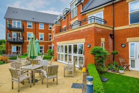 2 bedroom retirement property to rent - Spa Road, Melksham