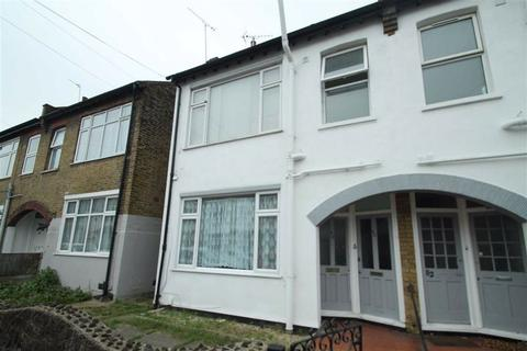 2 bedroom apartment to rent - Maldon Road, Southend On Sea, Essex