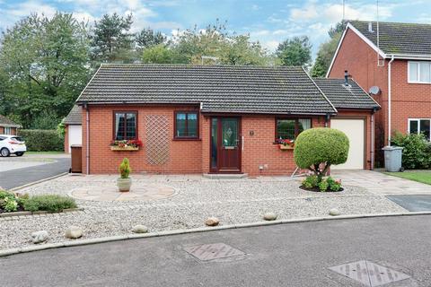 2 bedroom detached bungalow for sale - Arley Close, Alsager
