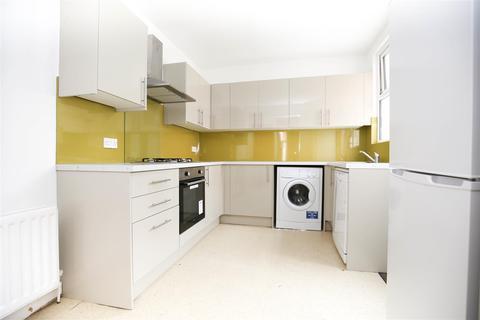 4 bedroom terraced house to rent - Mundella Terrace, Heaton, NE6, (£75 PPPW)