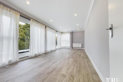 2 bedroom flat to rent - The Avenue, Wembley