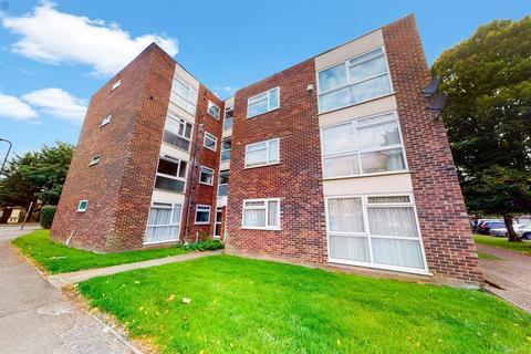2 bedroom flat for sale - Azalea Close , Hanwell, Londoon , W7 3QA