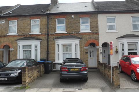3 bedroom terraced house to rent - Putney Road, Enfield EN3