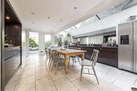4 bedroom terraced house for sale - Keildon Road, SW11