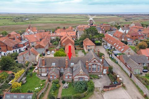 4 bedroom cottage for sale - The Fairstead, Cley NR25