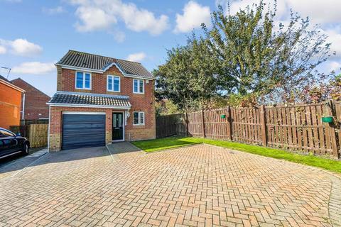 3 bedroom detached house for sale - Holm Hill Gardens, Peterlee, Durham, SR8 3JT
