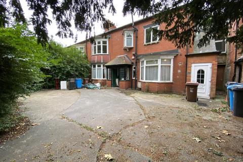 3 bedroom flat to rent - Cottingham Road, Hull HU5