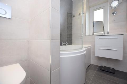 2 bedroom apartment for sale - Slatyford