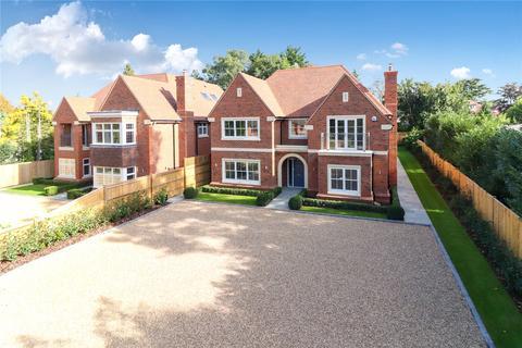 5 bedroom detached house for sale - Gregories Farm Lane, Beaconsfield, HP9