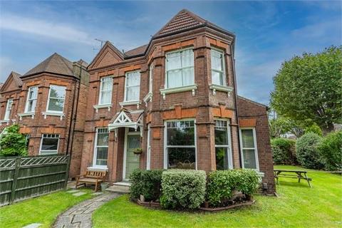 2 bedroom ground floor flat for sale - Queens Walk, Ealing, Ealing,