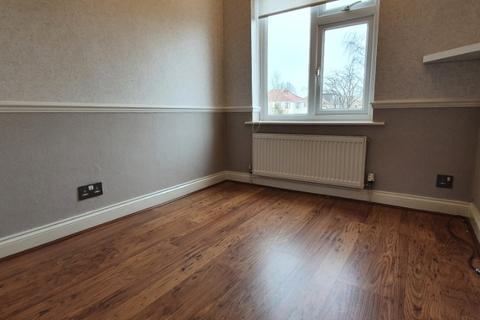 3 bedroom semi-detached house to rent - Larch Tree Avenue, Coventry, CV4