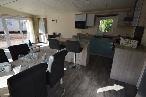 2 bedroom lodge for sale - Beauport, Hastings