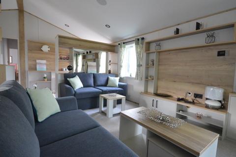3 bedroom lodge for sale - Carlton Meres, Saxmundham