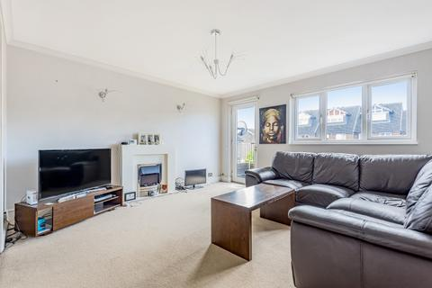2 bedroom maisonette to rent - Owen Walk London SE20