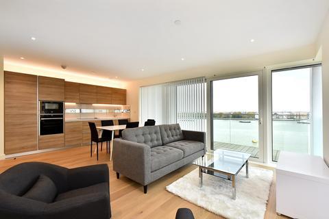 3 bedroom flat to rent - Hampton Apartments, Duke Of Wellington Avenue, Royal Arsenal Riverside, Woolwich SE18