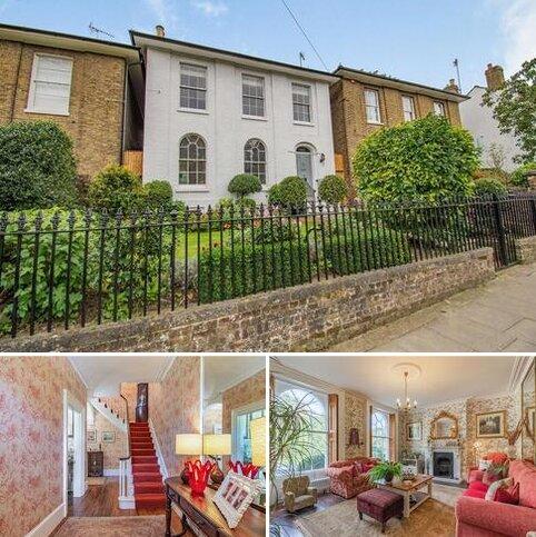 4 bedroom detached house for sale - Medway Road, Gillingham, Kent. ME7 1NH