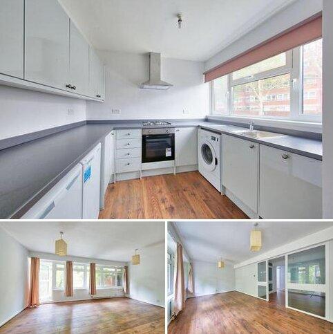 4 bedroom terraced house to rent - Winders Road, London SW11